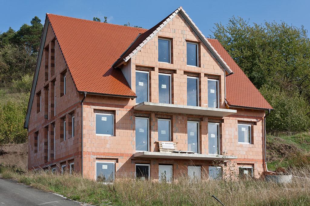 Immobilien Objekte - 3-Familienhaus